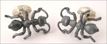 bug jewellery - the black ants