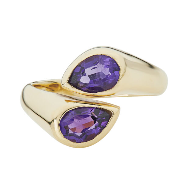 18ct Yellow Gold Amethyst Ring