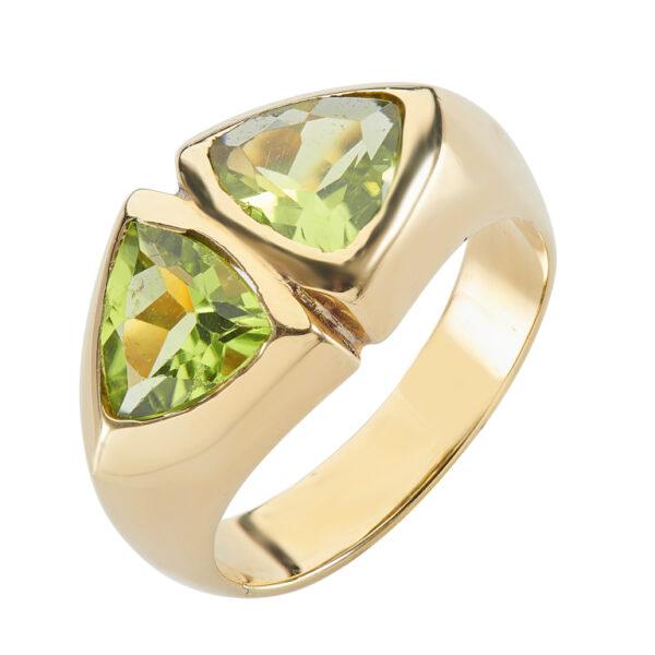 18ct Yellow Gold Trillion Cut Peridot Ring