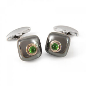 18ct Gold Haematite Bouton Cufflinks with a Tsavorite Centre
